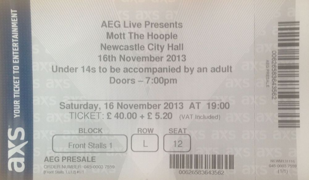 Mott the Hoople Newcastle City Hall 16th November 2013 (2/2)